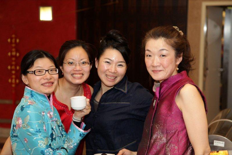 216_MCD_CNY_2011