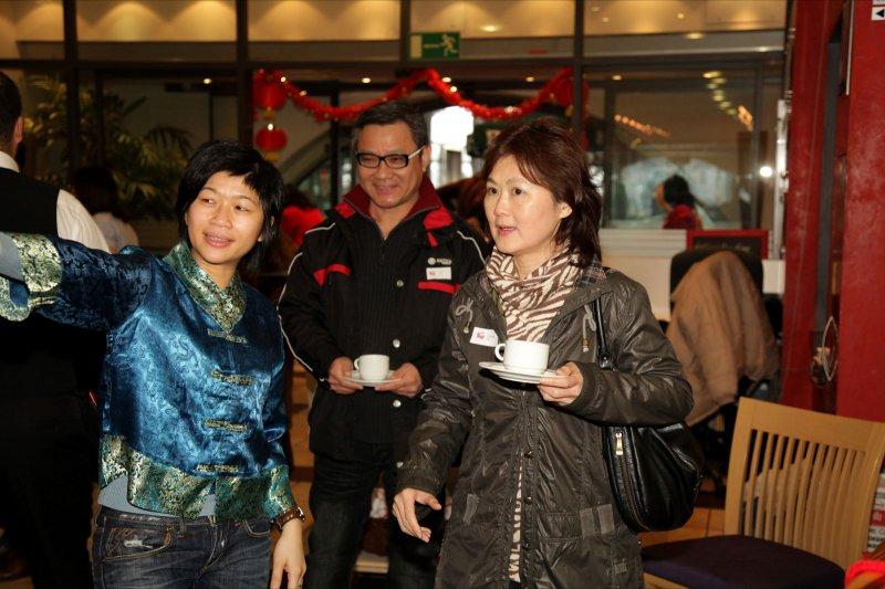 295_MCD_CNY_2011