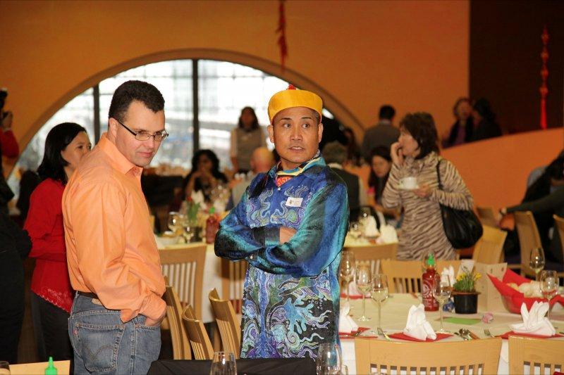 302_MCD_CNY_2011